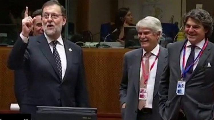 """""""Bueno, one hour"""": la nueva 'perla' de Rajoy"""