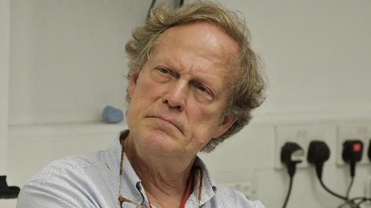 Muere por causas desconocidas Gavin Macfadyen, director de WikiLeaks y 'mentor' de Assange