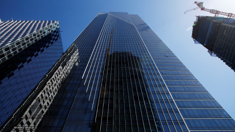 ¿Colapsará? Una lujosa torre de 200 metros se inclina y hunde en San Francisco (Fotos)