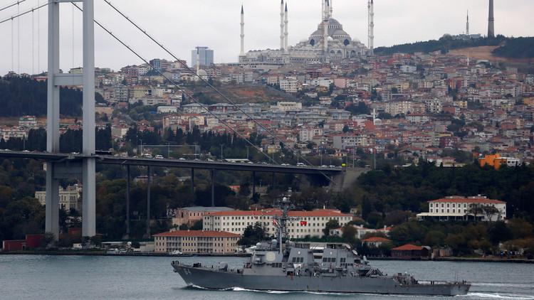 Un destructor estadounidense con sistema de defensa antimisiles entra en el mar Negro