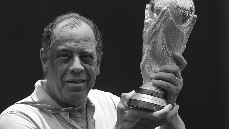 La leyenda del futbol brasileño Carlos Alberto torres fallece a los 72 años