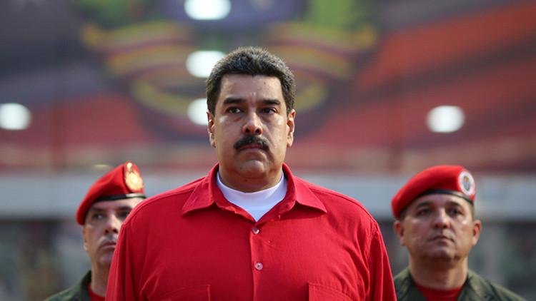 Por qué el Parlamento no puede hacerle un 'impeachment' a Maduro