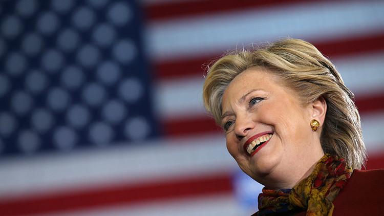 Hillary Clinton tiene las manos manchadas se sangre - Página 3 58100e74c36188a2568b45c7