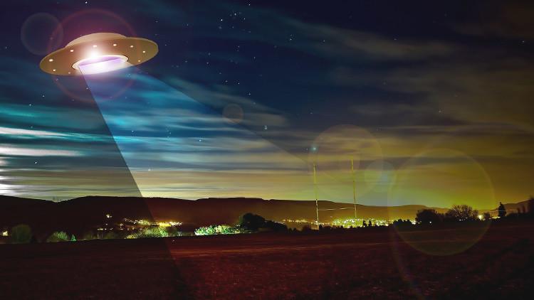¿Los alienígenas no responden? Un científico explica por qué no nos oyen
