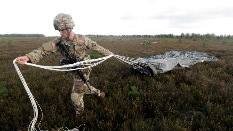 VIDEO: Tropas de la OTAN llevan a cabo ejercicios 'Piraña del Báltico' en las fronteras rusas