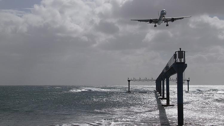 Avión no identificado se estrella en el mar frente a las costas de Birmania