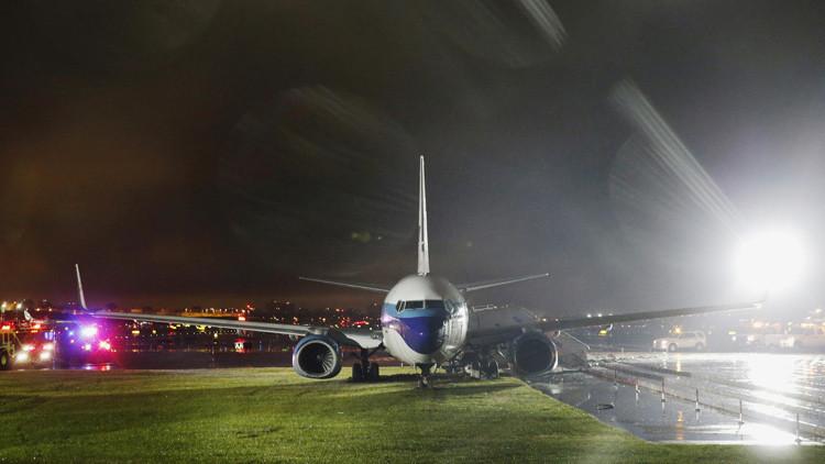 El avión del candidato de Trump a vicepresidente se accidenta al aterrizar en Nueva York (FOTOS)