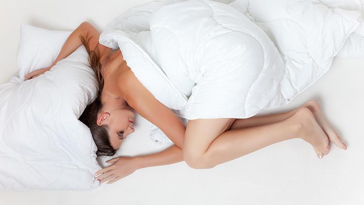 ¿Cuál es la postura ideal para dormir?