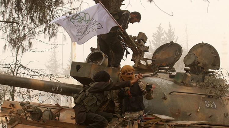 Los terroristas intensifican sus ataques en Alepo dejando 15 muertos y más de 150 heridos