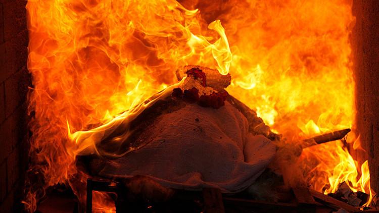 Creman a un hombre por error en EE.UU. y le ofrecen a su familia disculpas y cenizas