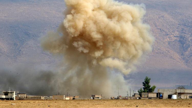 FUERTE VIDEO: Un suicida del Estado Islámico se inmola cerca de militares y civiles en Irak