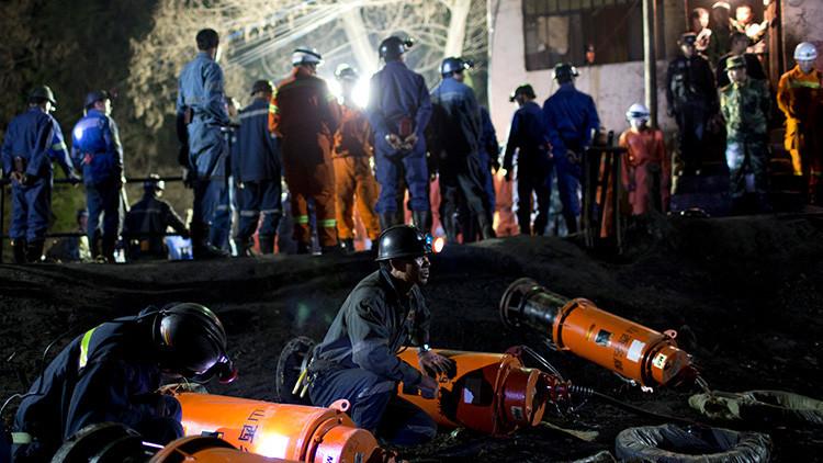 Una explosión en una mina en China deja decenas de personas atrapadas
