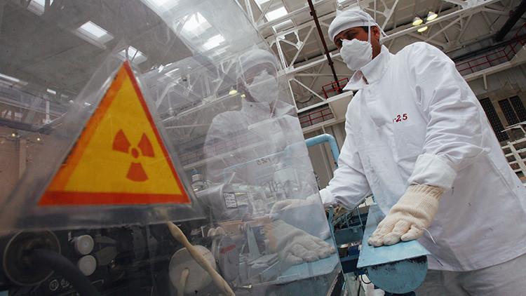 Putin firma la ley para congelar el acuerdo de utilización de plutonio entre Rusia y EE.UU.