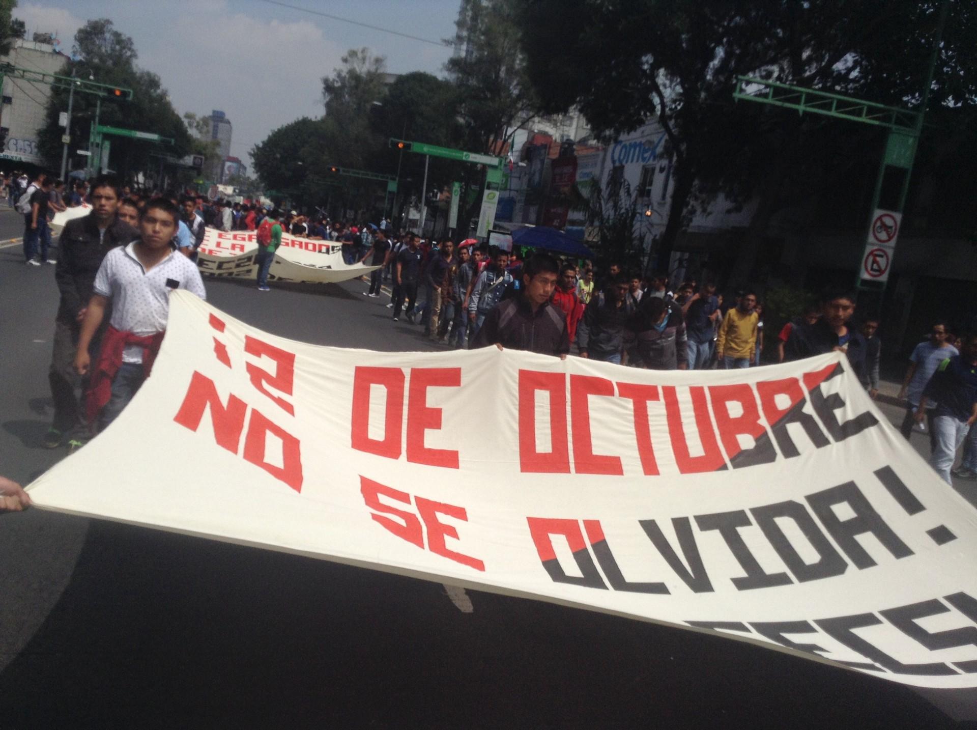 """""""Dos de octubre no se olvida"""" fue la consigna"""
