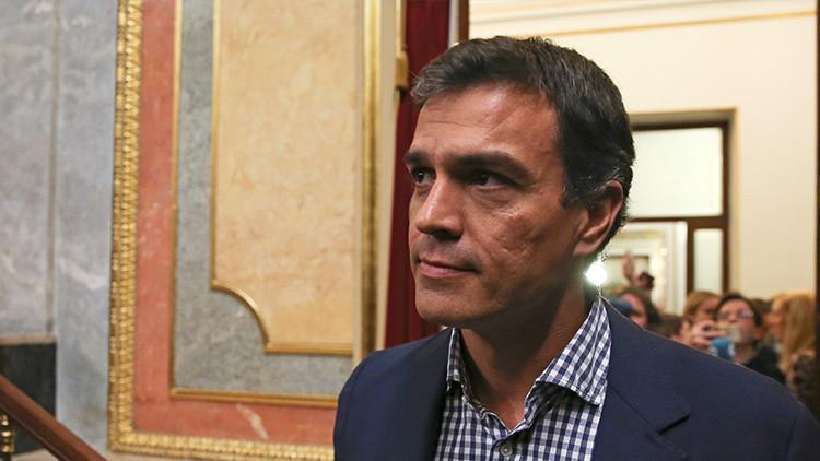 Pedro Sánchez, ex secretario general del PSOE, tras anunciar su dimisión