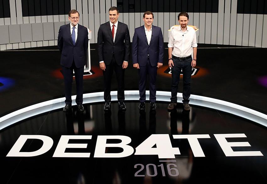 Los líderes de las cuatro principales formaciones políticas posan con motivo del debate electoral celebrado antes de las elecciones del 26J