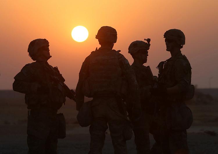 Soldados estadounidenses en la base militar de EE.UU. en Qayyara, al sur de Mosul (Irak), el 25 de octubre de 2016