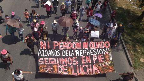 Protesta a diez años de lo ocurrido en San Salvador Atenco, México