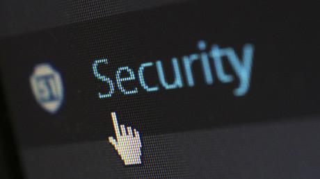 Internet, bajo un masivo ciberataque: Registran interrupciones en Twitter, PayPal, Netflix y Amazon