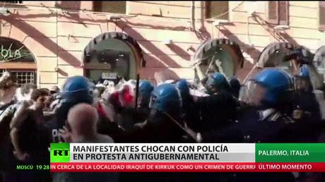 Italia: Manifestantes chocan con la Policía en una protesta antigubernamental