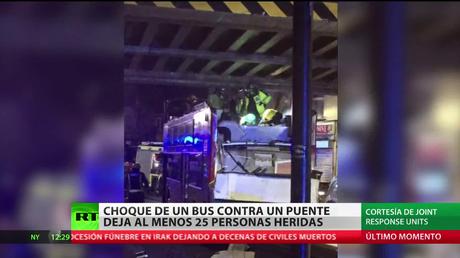 Al menos 25 heridos en un accidente de autobús en Londres