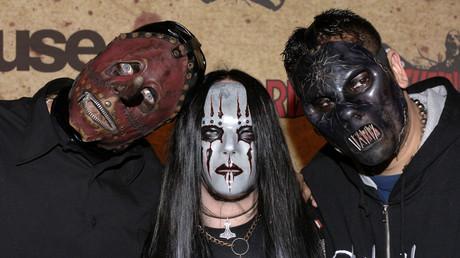 Los miembros de la banda Slipknot durante la entrega de los premios  Fuse/Fangoria Chainsaw en Los Angeles, EE.UU. 16 de octubre de 2006.