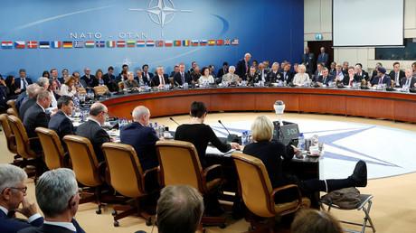 Los ministros de Defensa de la OTAN durante una reunión en Bruselas