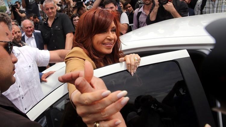 """Cristina Fernández a la Policía: """"No le peguen a los compañeros, péguenme a mí"""" (VIDEO)"""