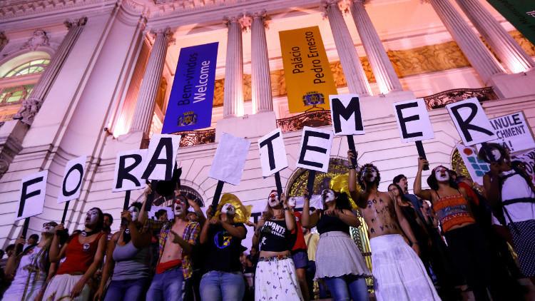 ¿Salvará esta estudiante de secundaria la educación en Brasil?