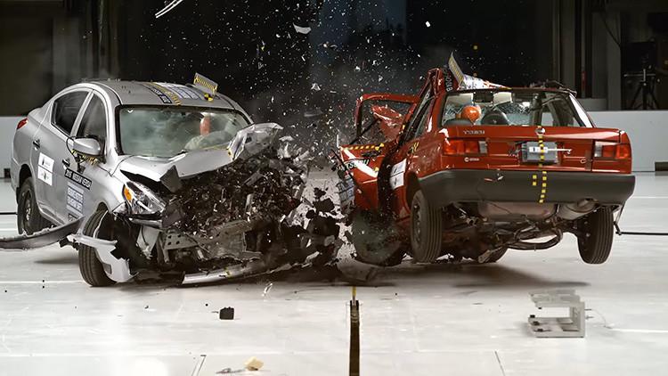 VIDEO: Una demoledora prueba de choque para un coche muy popular en México