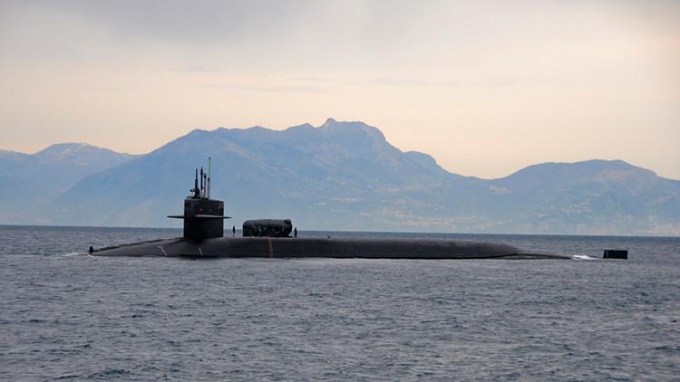 El submarino estadounidense USS Florida en el Mediterráneo