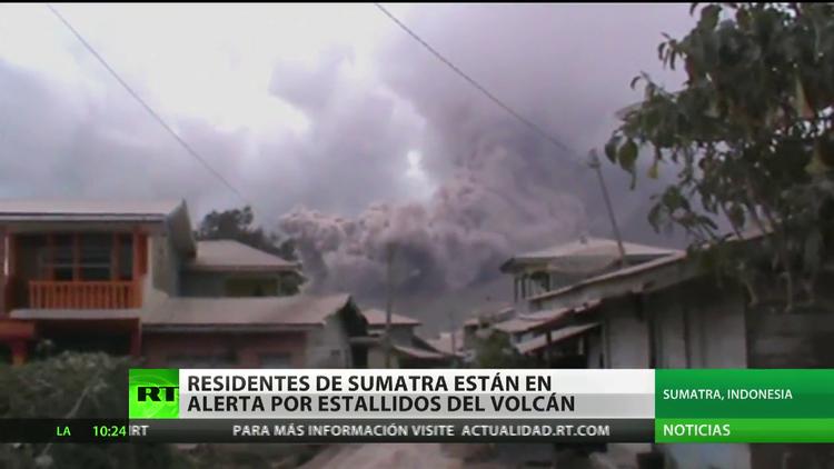 Indonesia: Declaran alerta en la isla de Sumatra tras una erupción volcánica