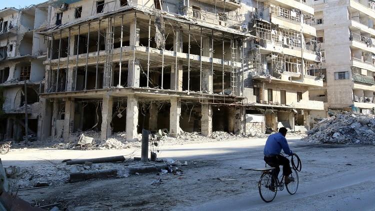 '300 dólares por salir de Alepo': Milicianos exigen dinero a los civiles por sacarlos de la ciudad