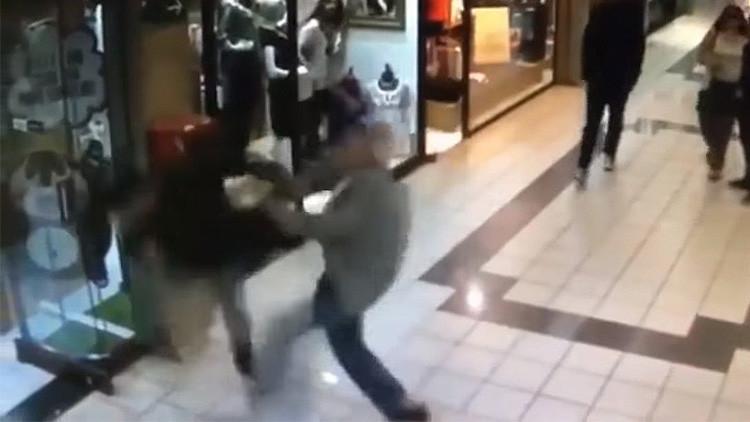 Anciano de 84 años frustra robo en centro comercial chileno