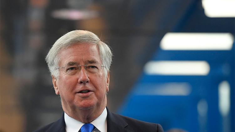 Ministro de Defensa británico: No es probable que haya una guerra con Rusia en 2017