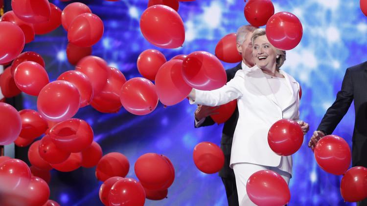 Sorprenden a la cadena NBC preparando la victoria de Hillary Clinton antes de las elecciones (FOTO)