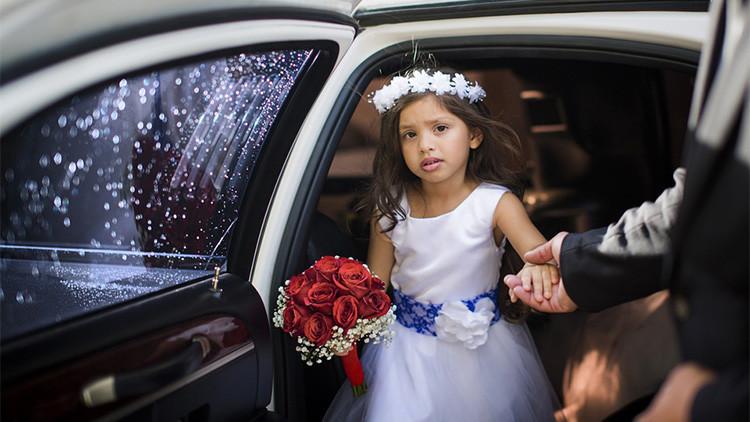 FOTO: El compromiso matrimonial entre dos niños de 11 y 12 años escandaliza a Egipto