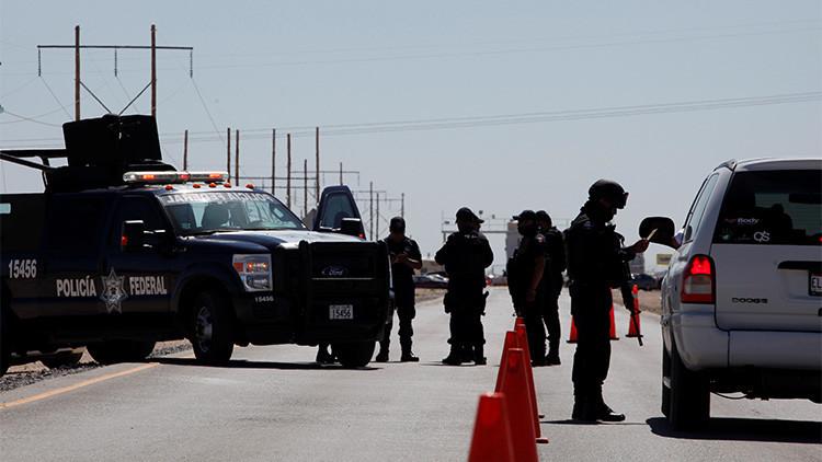 La Policía Federal realiza una operación de vigilancia en México. 7 de mayo de 2016.Jose Luis GonzalezReuters