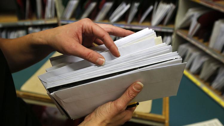 """Evacúan una oficina de correos en Alemania por una carta con un polvo blanco """"sospechoso"""""""