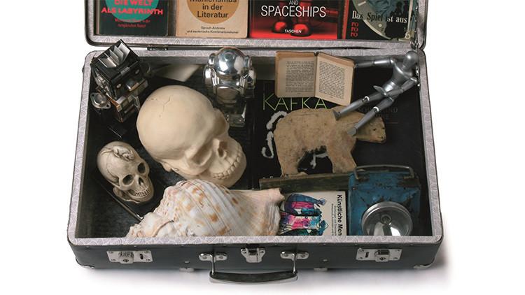 ¿Cómo sería tu maleta para viajar al más allá?