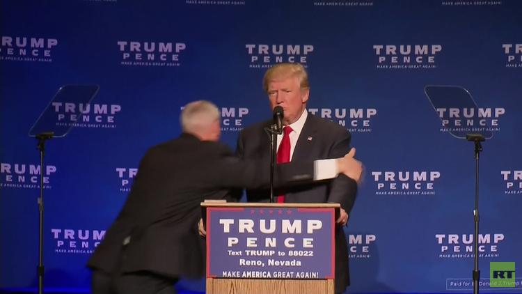 El Servicio Secreto saca a Trump de escena durante un mitin por un intento de agresión (VIDEO)