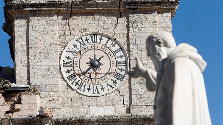 """""""Castigo divino"""": Un sacerdote culpa a las uniones gay por los terremotos en Italia"""
