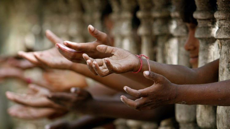 La 'solución' que destruye el cerebro a los niños drogadictos de la India
