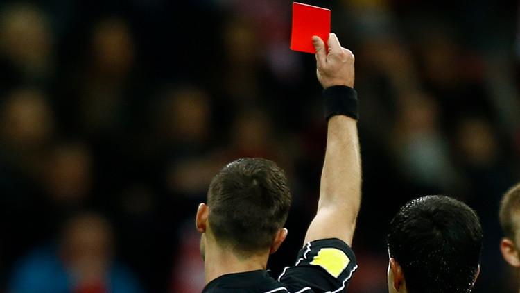 México: Un futbolista mata de un cabezazo al árbitro por mostrarle la roja y se da a la fuga