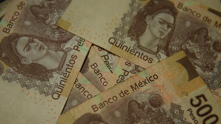 El peso mexicano sufre su mayor caída en 20 años ante los buenos resultados de Trump