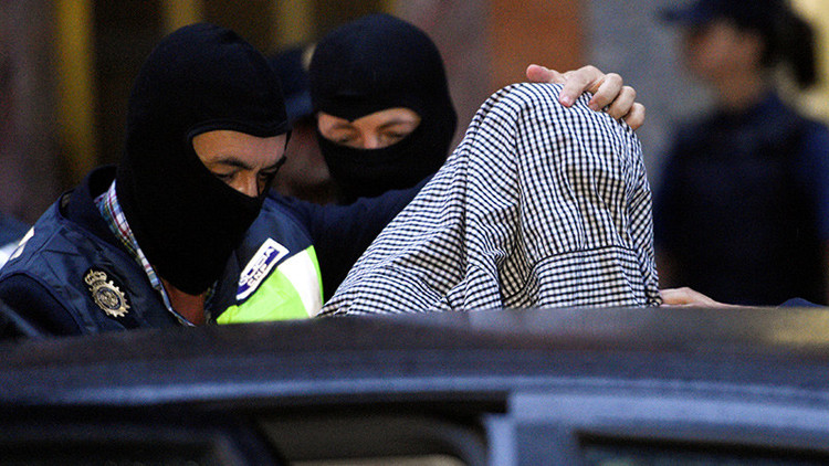 Desarticulada en España una célula yihadista que captaba jóvenes y niños para el ISIS