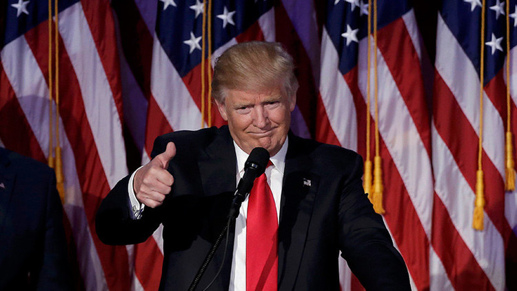 ¿Cuál ha sido el primer mensaje de Donald Trump en Twitter tras su triunfo?