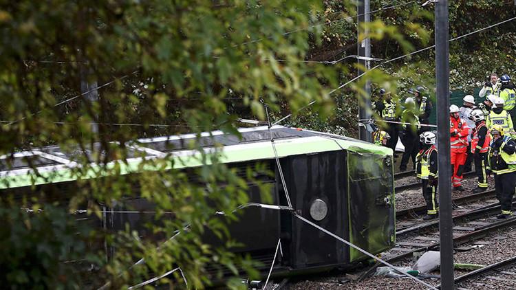 El descarrilamiento de un tranvía deja al menos 5 muertos y 50 heridos en Londres