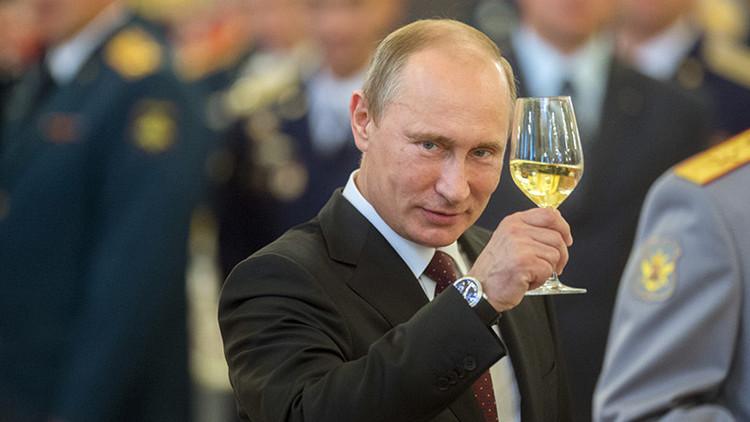 """""""Bien hecho, Putin"""": ¿Por qué se atribuye a Rusia la victoria de Trump?"""