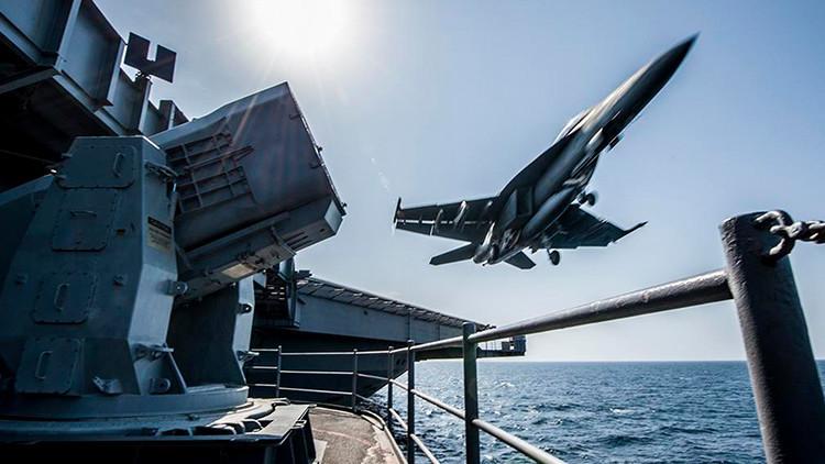 Dos cazas de los Marines chocan frente a las costas de California